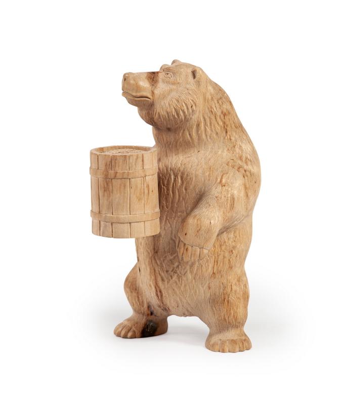 Медведь с бочонком