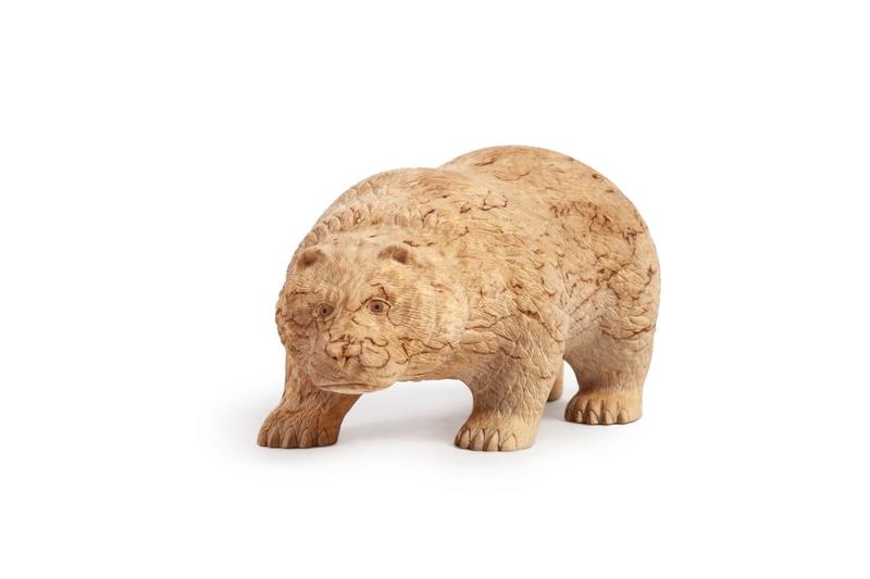 Медведь идущий