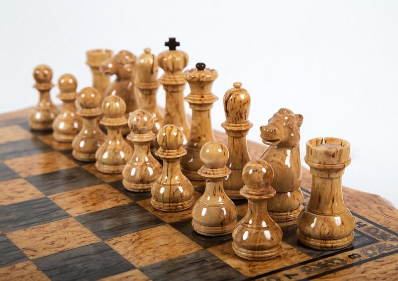 Шахматы из карельской березы Онего вид 5