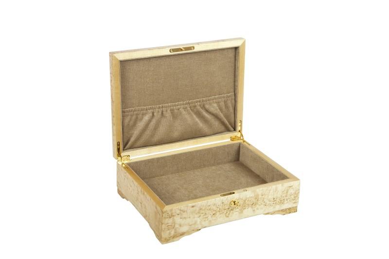 Шкатулка из карельской березы для документов внутри