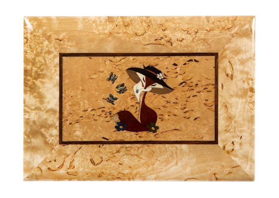 Шкатулка из карельской березы Котенок с бабочкой рисунок вид 2