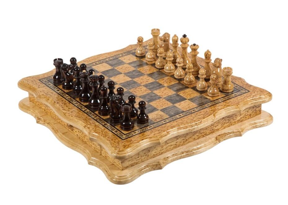 Шахматы подарочные ручной работы, из карельской березы. Название