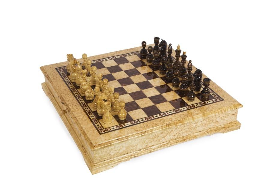 Шахматы подарочные из карельской березы Карелия