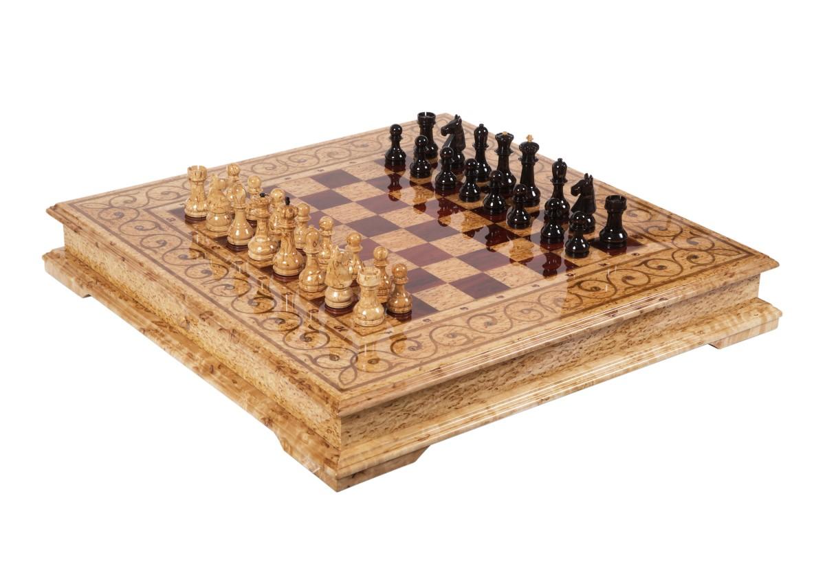"""Шахматы """"Кижские шхеры"""" с рисунком из перламутра и дерева ярра"""